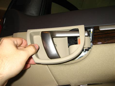 service manual how to remove door panel on a 1971 service manual how to remove 2012 hyundai santa fe door handle hyundai santa fe front door