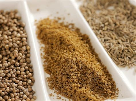 Grind Spices The Easy Way by How To Grind And Toast Spices And Herbs A Step By Step
