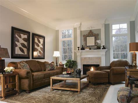 flexsteel bexley leather sofa price flexsteel bexley traditional sofa with nail trim