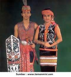 pakaian adat indonesia kumpulan pakaian tradisional adat