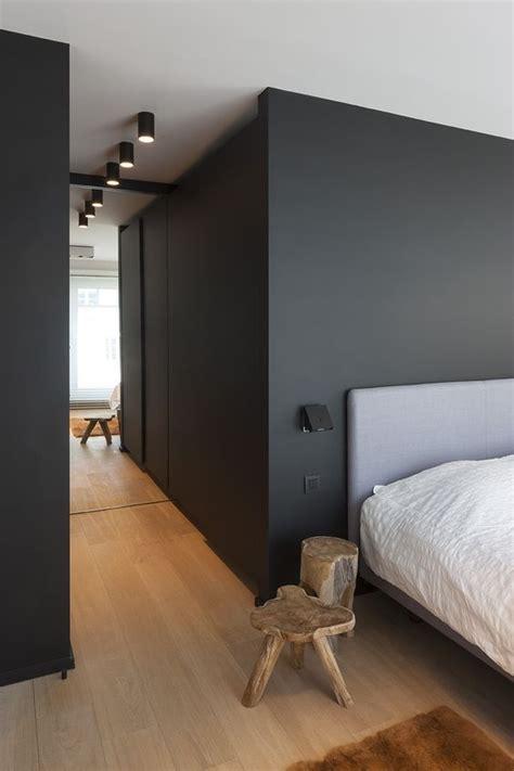 Schwarze Wand Schlafzimmer by 25 Best Ideas About Bedroom Wooden Floor On
