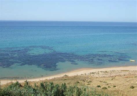 spiaggia porto palo menfi volontari puliscono le spiagge di sciacca e menfi