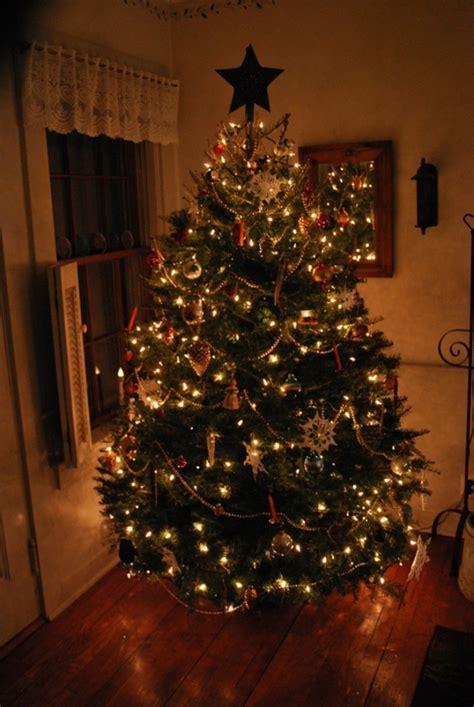 25 beautiful primitive christmas tree decorations ideas