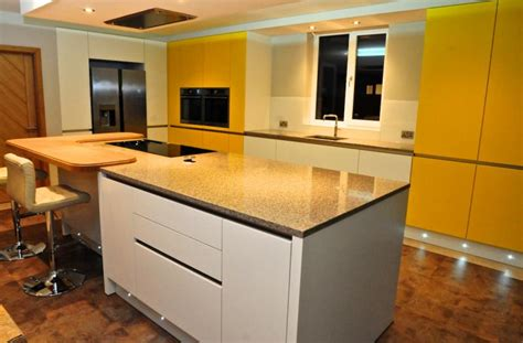 fitted kitchen design fitted kitchen design traditional fitted kitchens