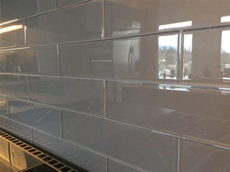 subway glass tile backsplash gray glass subway tile 3x12 171 neo gifts
