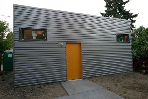 how to paint steel siding on a house galvalume metal siding everyone loves metal siding corrugated metal and metals
