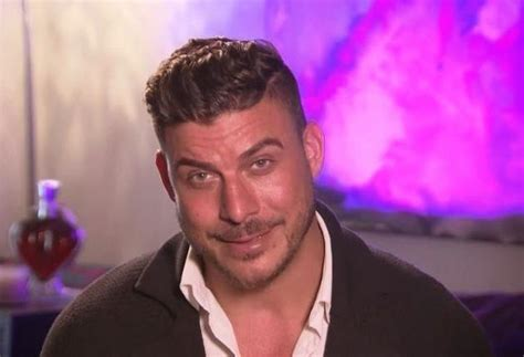 jax taylor hair jax taylor arrested in hawaii he paid how much for bail