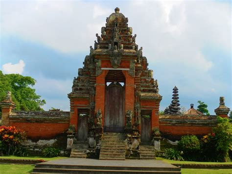 experience the real bali