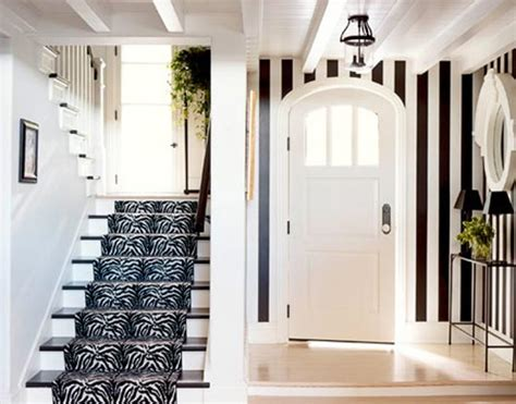 10 ideas of black and white hallways and entries as a