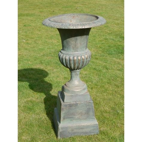 Outdoor Urn Planters by Outdoor Planter Urn With Base Swanky Interiors