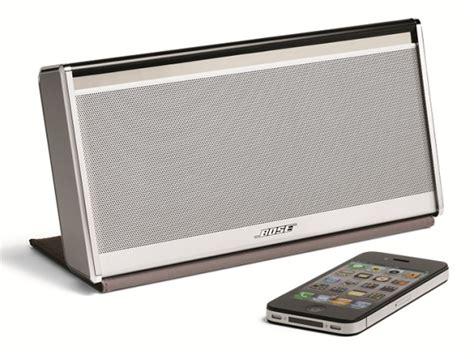 bose mobile soundlink bose soundlink mobile speaker dock unveiled