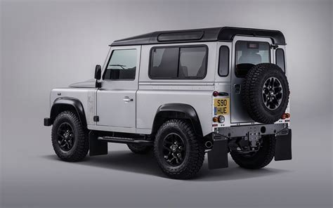 land rover defender 2015 2015 land rover defender 110 review caradvice autos post