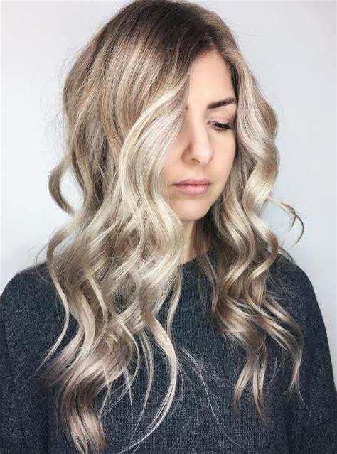 dishwater blonde hair 40 classy hairstyles for long blonde hair dishwater