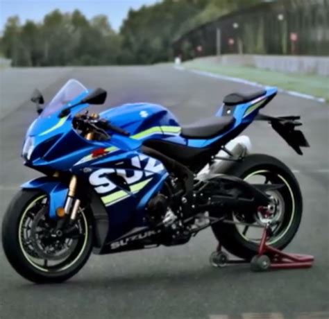 New Model Of Suzuki Motorcycle Suzuki Unleashed New Motorcycles Today Including Gsx