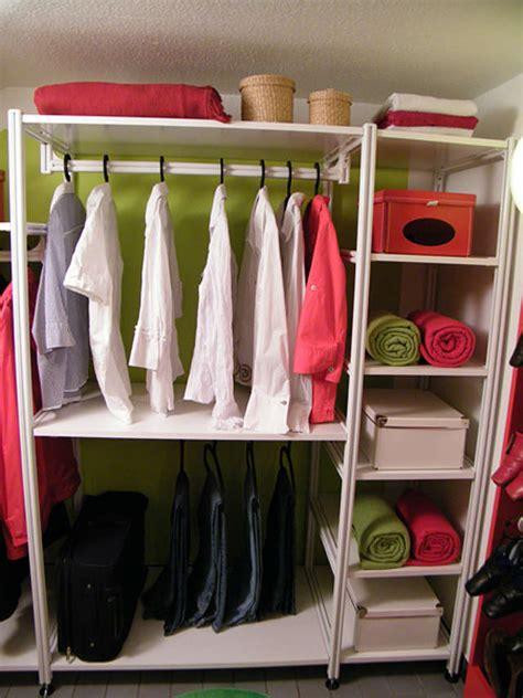 kleiderschrank diy ordnung mit system begehbarer kleiderschrank