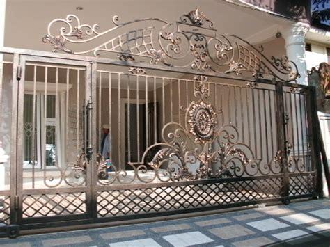 model pagar rumah mewah bergaya klasik elegan desain tipe rumah