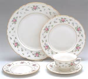 china pattern replacements staff member dinnerware pattern favorite s