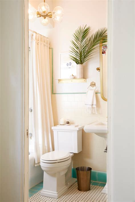 Rental Bathroom Makeover by Brady Gives A Refresh To His Vintage Bathroom Emily
