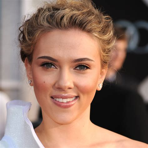 plastic surgery see scarlett johanssons transformation