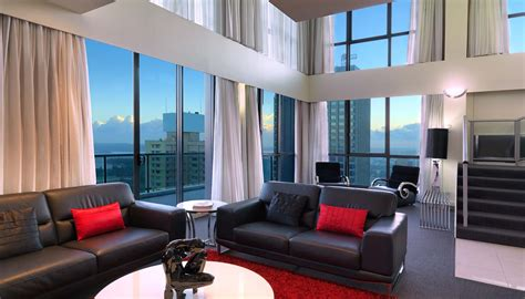 meriton 3 bedroom apartments sydney penthouse sydney indulge in excellence