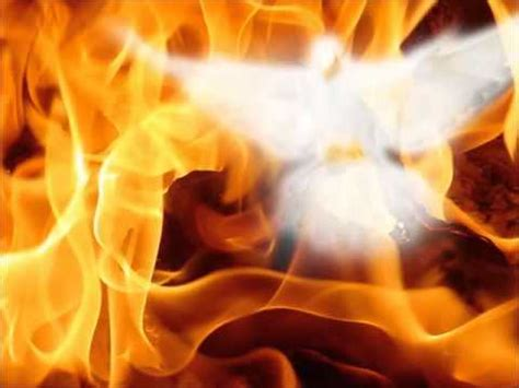 fluye espiritu santo sangre  agua canciones catolicas cristianas musica youtube
