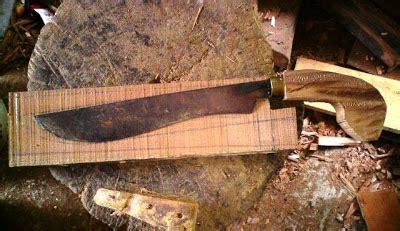 Pohon Kemangi Atau Suraung golok langkasuka proses membuat sarung dan ulu golok