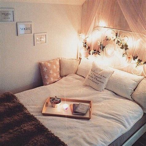cosy teenage bedroom ideas 25 best ideas about teenage beach bedroom on pinterest