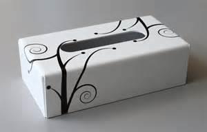 boite mouchoirs blanche avec dcoration zen en plexiglas