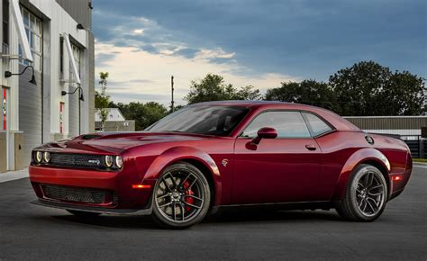 what will the 2020 dodge challenger look like 2020 dodge challenger r t 1320 release date concept