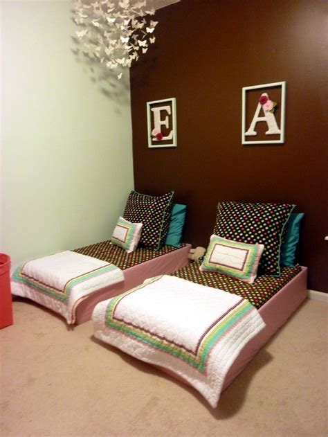 bed for toddlers best 25 dog rooms ideas on pinterest pet rooms dog