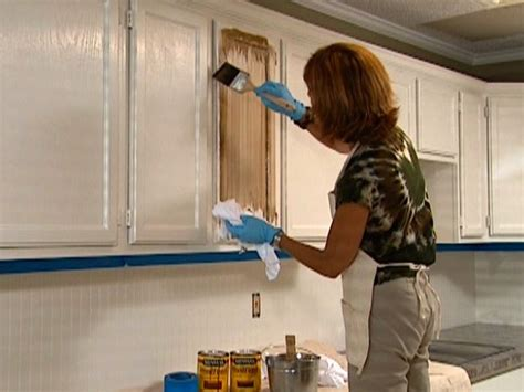 How To Glaze Cabinets I Want To Try This Over Our Green How To Paint Stained Kitchen Cabinets White