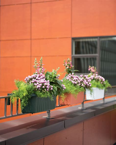 Railing Planters 24 Quot Accommodate 1 Quot To 4 25 Quot Thick Deck Adjustable Railing Planters