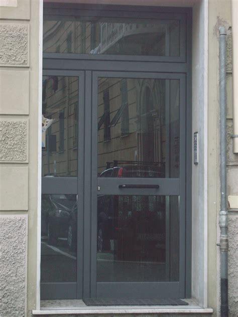 portone ingresso condominio portone condominiale infissi genova garrone serramenti