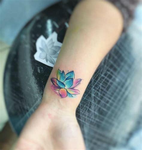 tattoo finger verlaufen 20 faszinierende designideen f 252 r ein aquarell tattoo