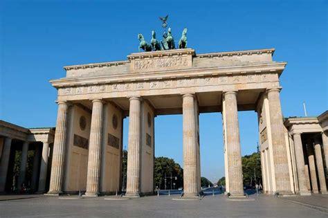porta di berlino porta di brandeburgo viaggio in germania