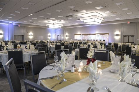 Holiday Inn Fargo   Wedding Reception Venue Fargo ND