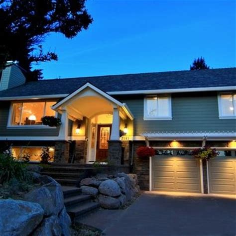 porch cover on pinterest raised ranch entryway covered raised ranch exterior design google search craftsman