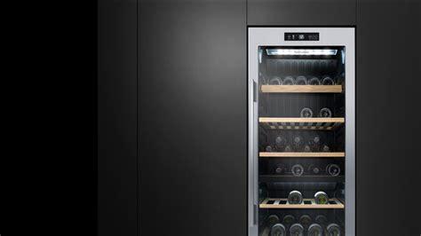RF206RDWX1 Wine Cabinet   83 Bottle Dual Zone