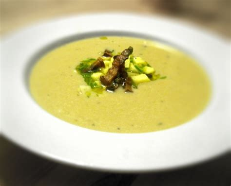 Soups On Artichoke Soup by Jerusalem Artichoke Soup With Bacon And Chives Soup Recipe