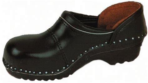 steel toe clogs for picasso black steel toe s the clog factory