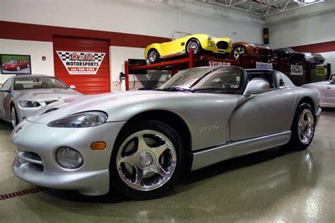 dodge viper 1998 dodge viper rt 10 for sale 1777351 hemmings motor news occasion le parking 1998 dodge viper rt 10 stock m4185 for sale near glen ellyn il il dodge dealer