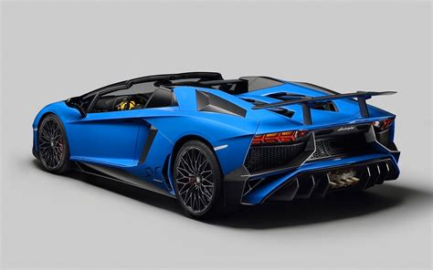 lamborghini aventador sv roadster wallpaper hd 2016 lamborghini aventador lp750 4 sv roadster 2 wallpaper hd car wallpapers id 5616