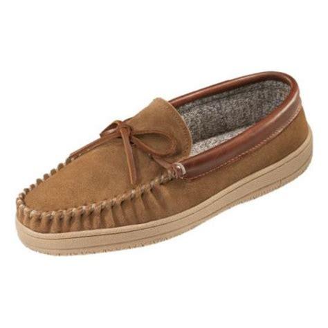 cabela slippers cabela s 100 gram thinsulate moccasin slipper cabela s