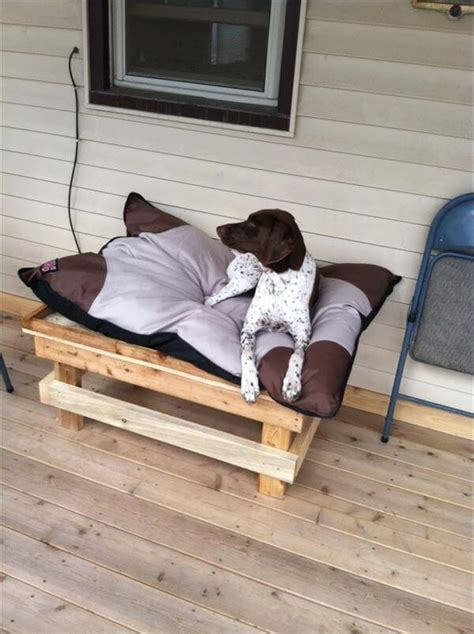 diy wooden dog bed diy how to build a pallet dog bed 99 pallets