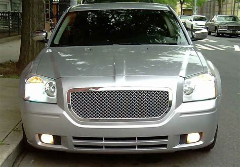 dodge grill dodge magnum chrome bentley mesh grille