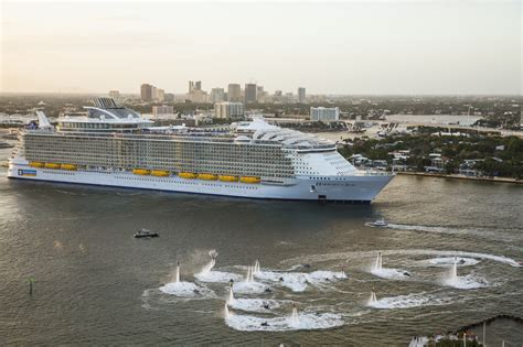 world s largest cruise ship debuts with high energy high world s largest cruise ship makes florida debut sun sentinel