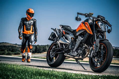 Motorradmesse Schwabenbike kosak motorrad auf der schwabenbike motorradmesse mit ktm