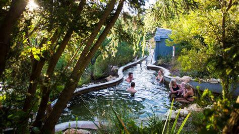 peninsula hot springs attraction mornington peninsula