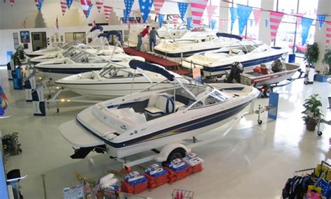 boat dealers 10 things to ask your boat dealer before you buy boat