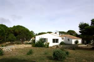 location de villas et ch 226 lets location charme ile de r 233